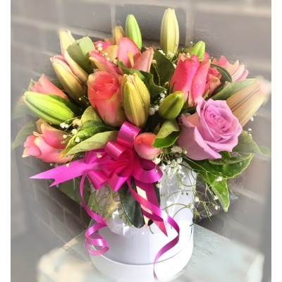 B58  Pink Lilies and Pink Roses