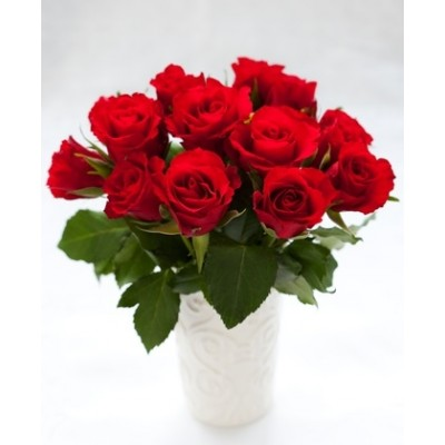 R20 12 Red Roses